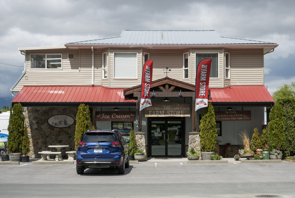 Fraser Valley Specialty Poultry's Farm Store in Yarrow